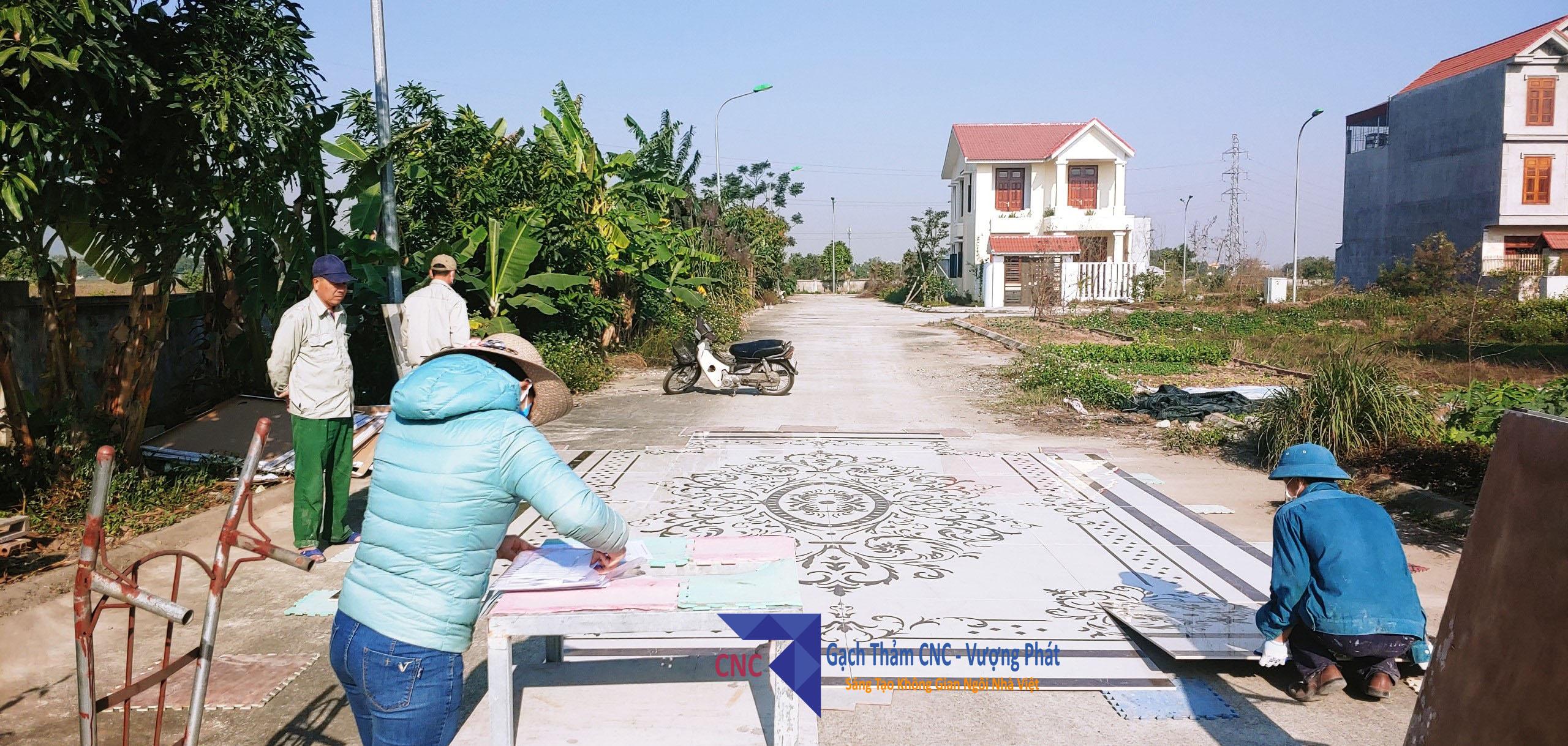 sản xuất gạch thảm trang trí